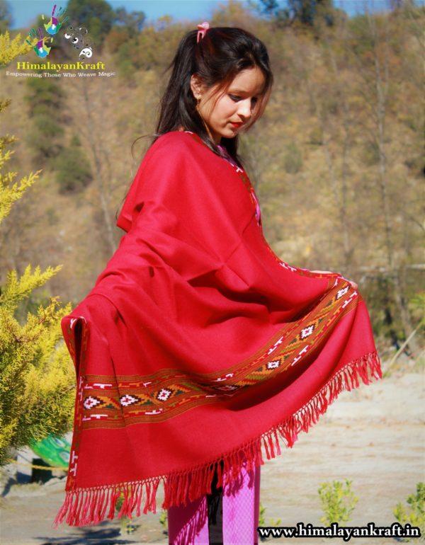 shawls ,stole, muffler, wrap, scarf, women shawl, men shawl, girls shawls, woolen shawl, wool shawl, silk shawl, pashmina shawl, yak wool shawl, wool stole, wool scarf, warm shawl, knitted shawl, woven shawl, handloom shawl, kullu shawl, himachal shawl, indian shawl, kinnauri shawl