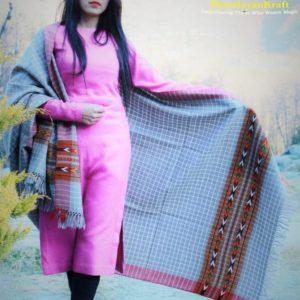 Handwoven Pure Wool Border Kullu Handloom Checked Shawl