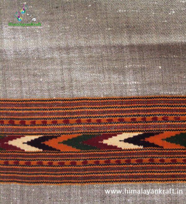 HimalayanKraft Handwoven Pure Wool Fringed Kullu Stole-www.himalayankraft.in