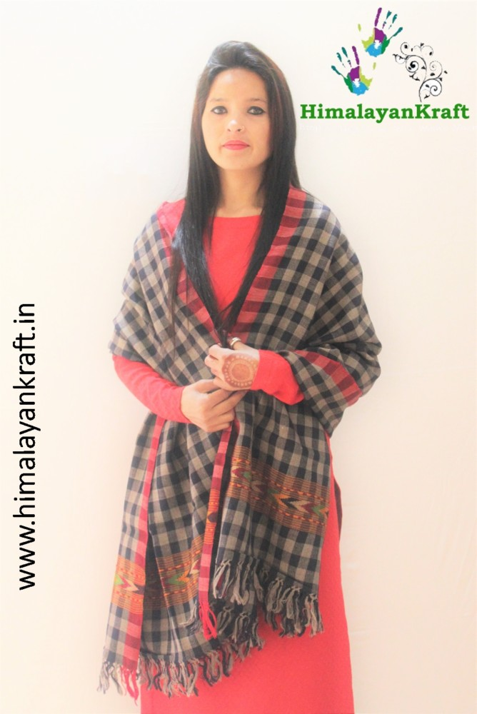 HimalayanKraft's Black White Stripped Traditional Design Kullu Stole-www.himalayankraft.in